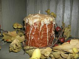 4X4 GRUBBY PILLAR CAKE CANDLE w/ ICING - HIGHLY SCENTED - YO